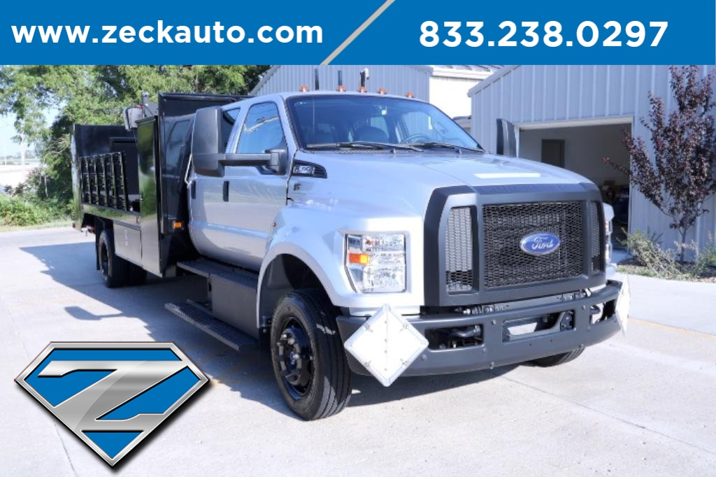 Pre-Owned 2017 Ford F-650SD Base