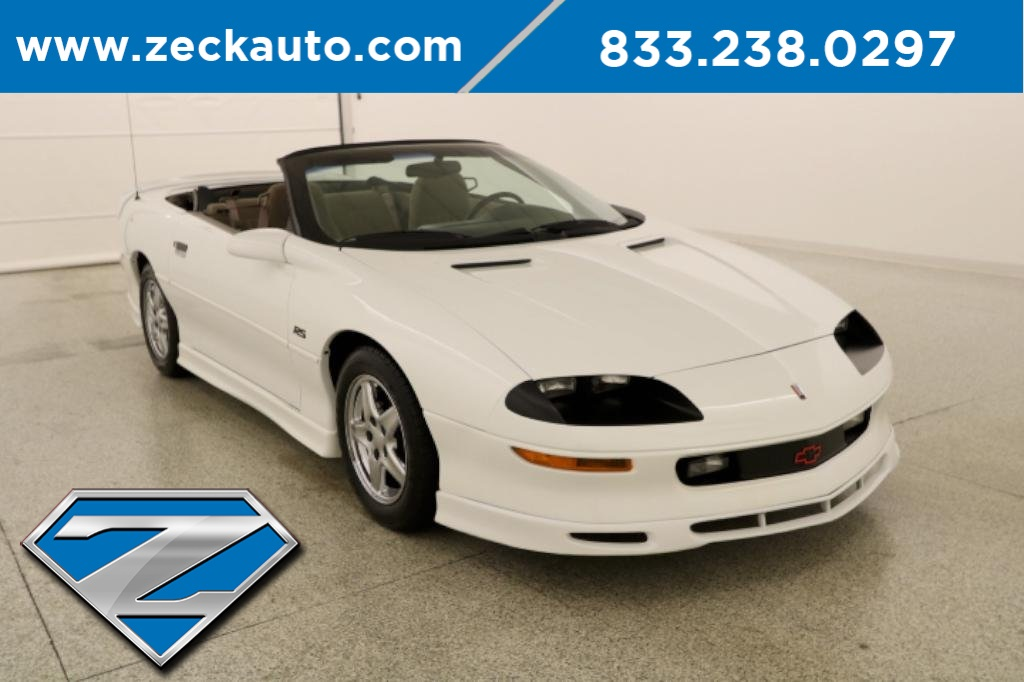 Pre-Owned 1997 Chevrolet Camaro RS